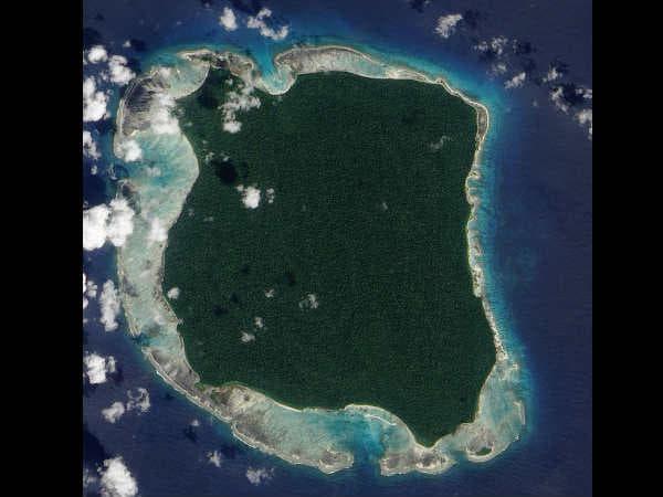 Сателитна снимка на Северен Сентинел