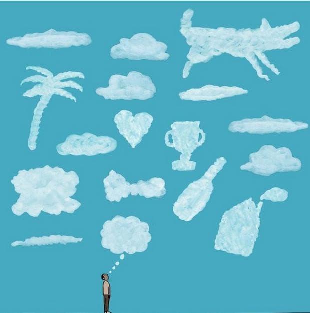човек, гледа към облаците