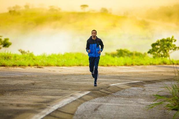 сутрешно бягане