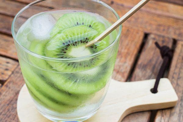 киви с кокосова вода