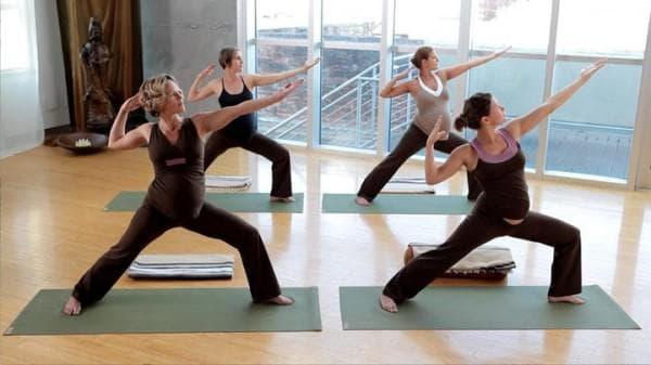 yoga-bremennost