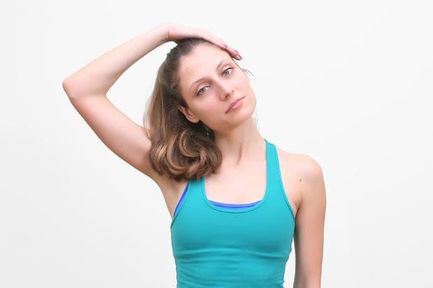 Стречинг на трапецовидните мускули