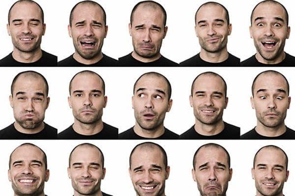 Очите могат да се заблудят от актьорската игра, но слуха не