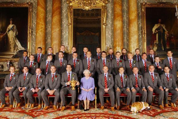 Кралицата и отборът по ръгби