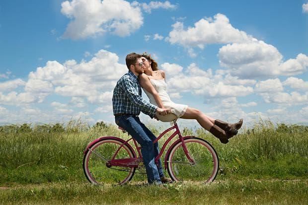 Двойка на колело