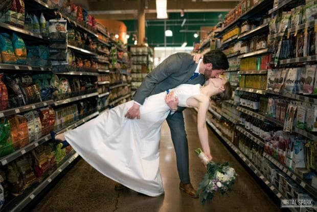 Сватба в супермаркет