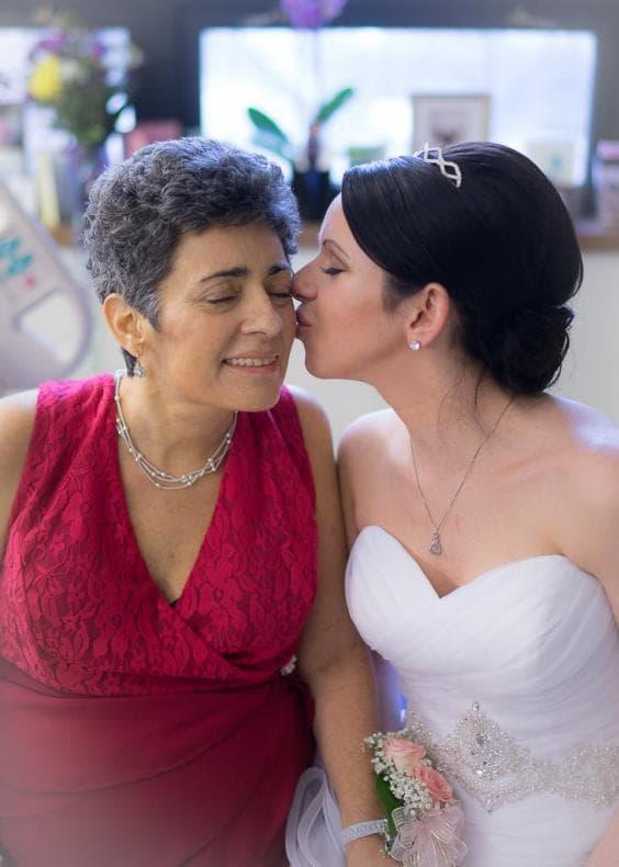 Сватбена церемония в болница