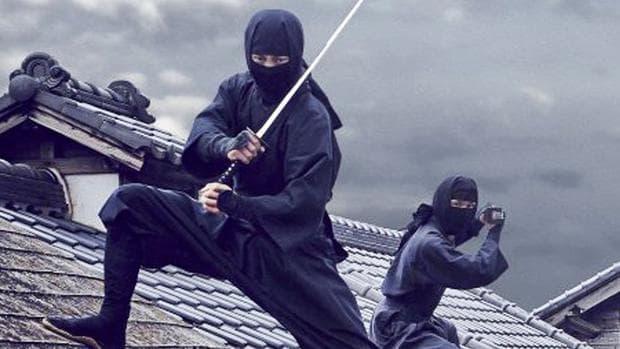 Прокрадващи се бойци от клана ШинобиАЦ