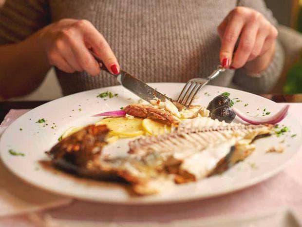Порция риба в чиния