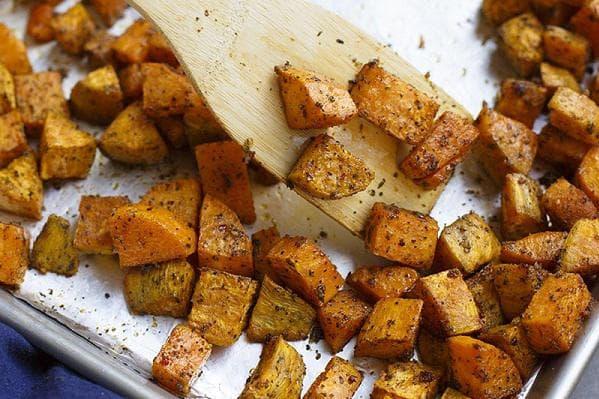 Печен сладък картоф