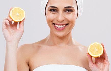 Премахване на черни точки с лимонов сок