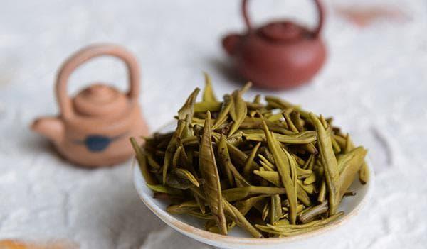 Листа за жълт чай