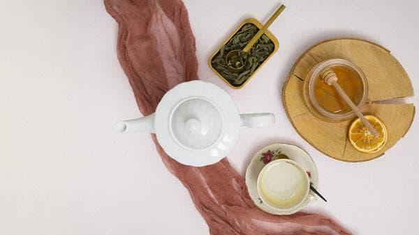 Чай за стомах