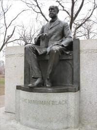 Паметник на Грин Блек