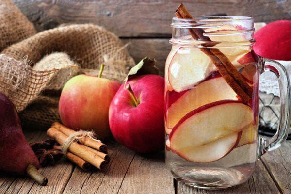 ябълка с канела
