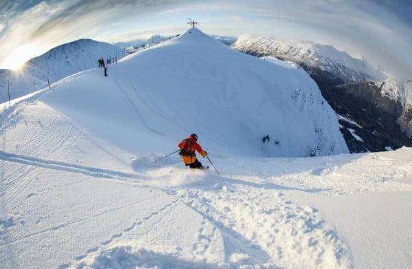 Опасни ски курорти - Екстремната писта Christmas Chute в Аляска