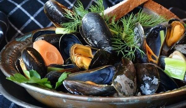 сурови морски деликатеси