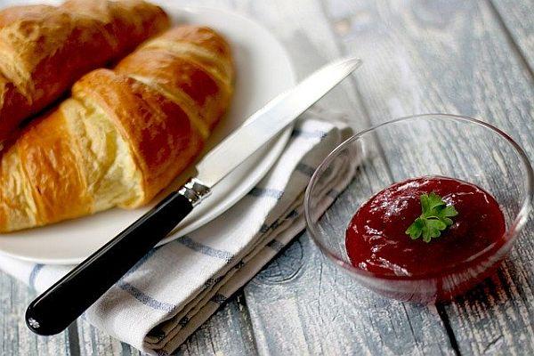 кроасани, закуска