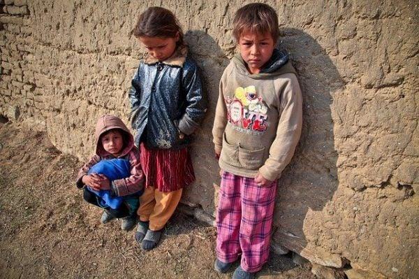 Едно на всеки четири деца в Европа е в риск от бедност и социално изклюмване