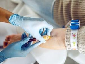 Вземане на кръв за изследване