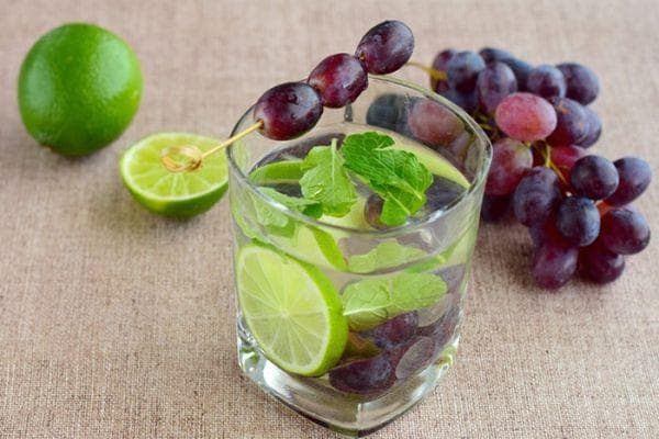 грозде и лайм
