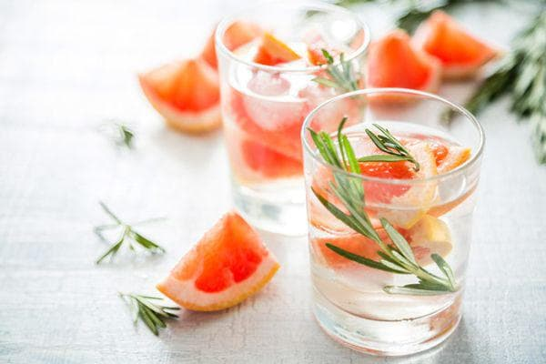 грейпфрут с розмарин