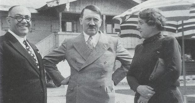 Теодор морел с Хитлер и Ева Браун