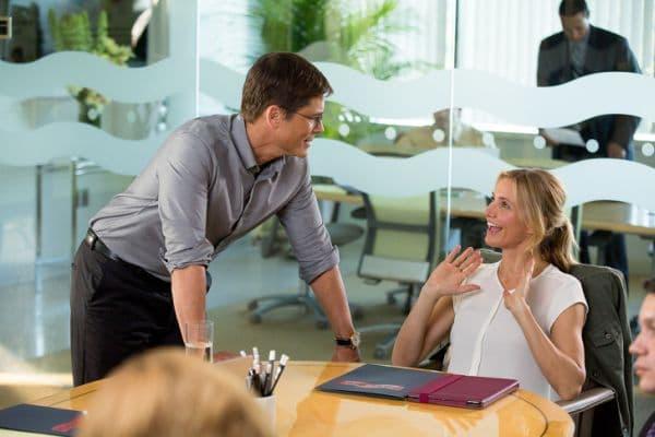 Разположение на ръцете по време на разговор