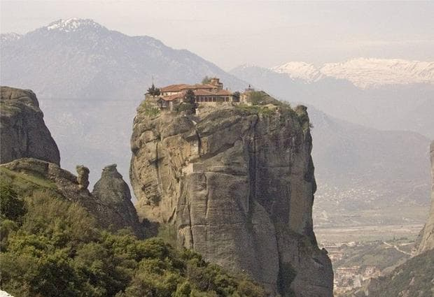 Манастирът Св. Троица, Метеора