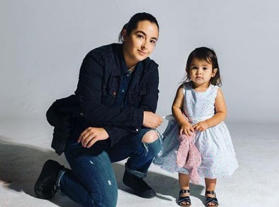 Алана Мастърсън и дъщеря й
