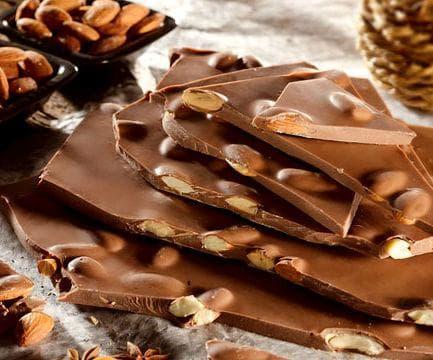 Шоколад с бадеми