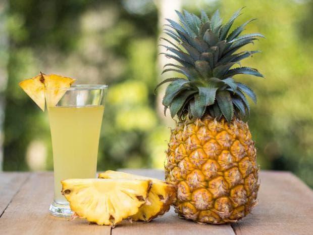 Ананас и сок от ананас