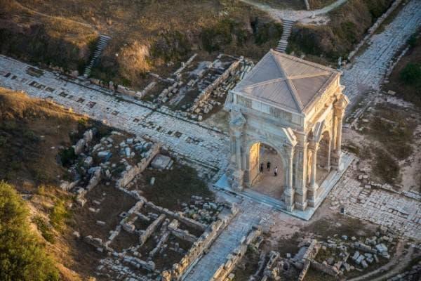 Римският град Лептис Магна