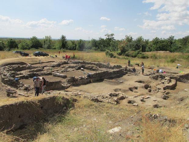 Работна снимка от археологическия обект край Караново