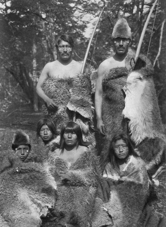 Представители на племето Она