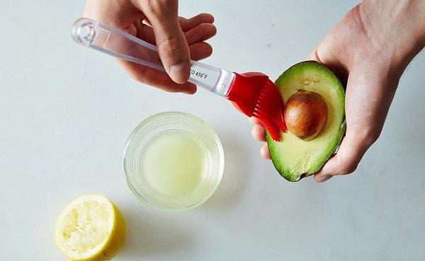 Авокадо и лимон