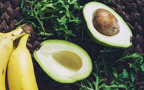 авокадо и банан