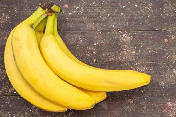 Бананите са алкална храна, която облекчава киселинния рефлукс.