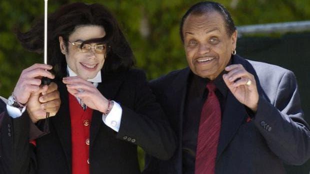 Майкъл Джексън и баща му