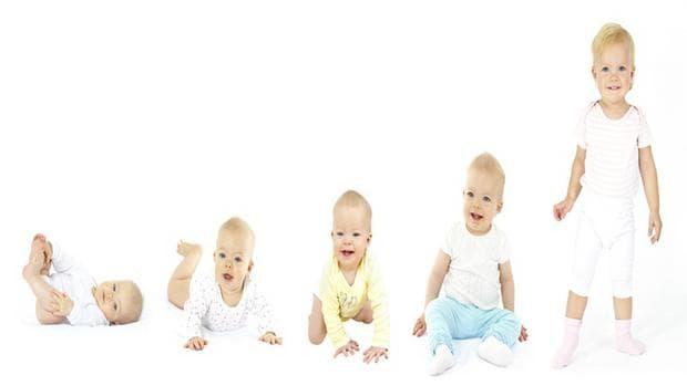 Бебе в различни етапи на растеж