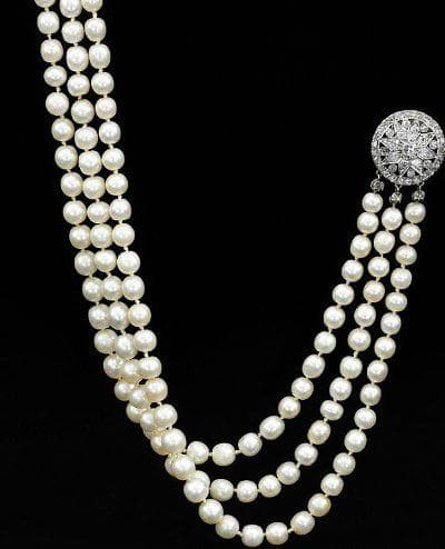 огърлица с 300 перли