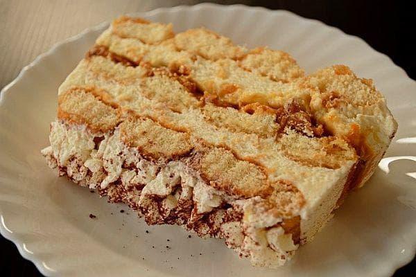 бишкотена торта