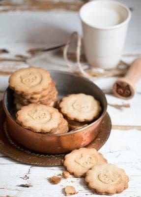 бисквити котешки езичета