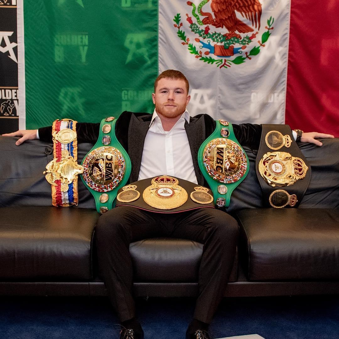 Боксорът-шампион Канело Алварес