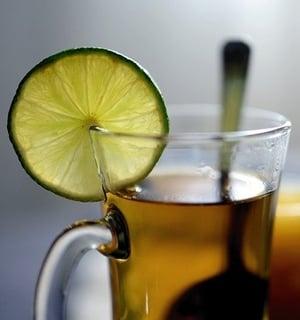 Чай от живовляк за отказване на цигарите