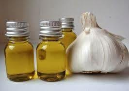 Чесън и растително масло