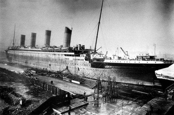 Титаник, в процес на стоеж