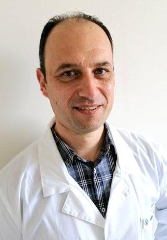Д-р Емил Костадинов, болница Вита