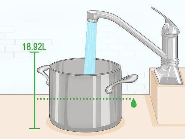 Тенджера с вода