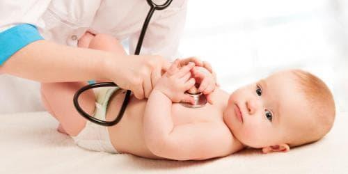 аускултация на бебе
